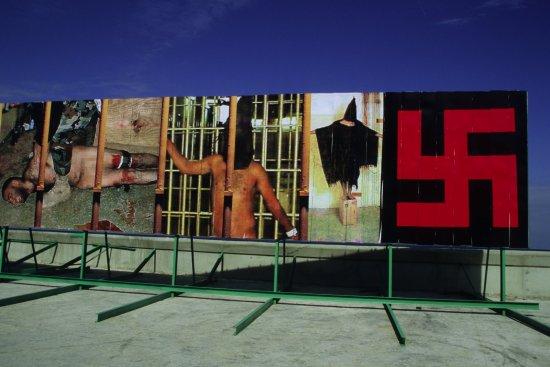 fascistas-billboard-2